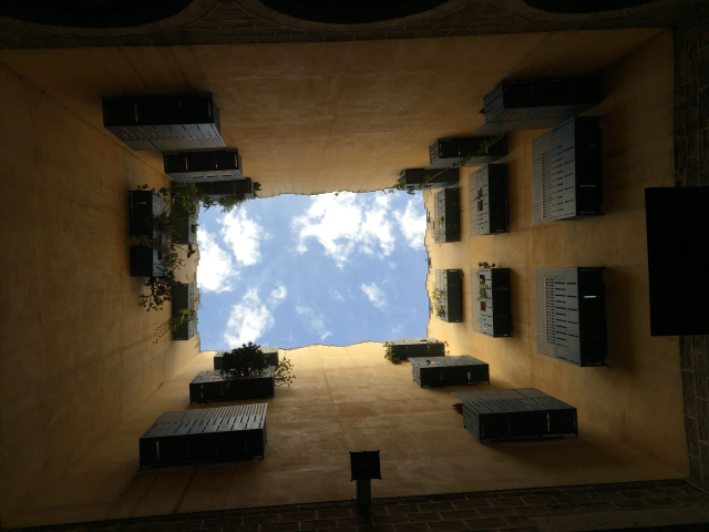 Moritz_fotografiert_Architektur